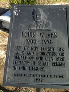 Lewis-Weaks-Memorial-Park-10